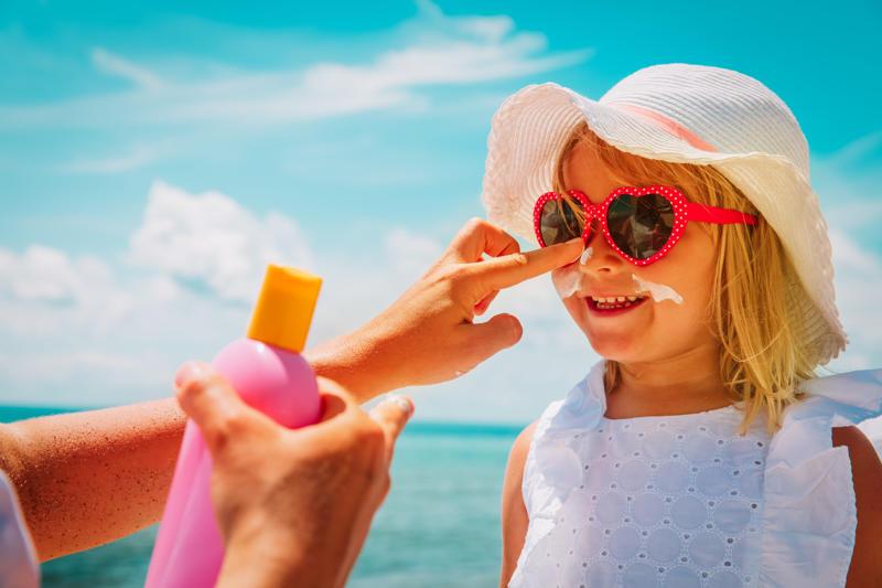 Vacanze al mare: i consigli per proteggere i tuoi bimbi dal